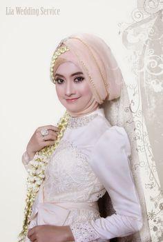 Lia Wedding: Akad Nikah Model Hijab