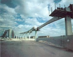 Building of the Monorail for Walt Disney World in 1970 via @wdwfacts