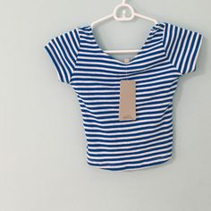 """• Zara Blue and White Crop Top • •Info Purchased and never worn, this top is super cute and in excellent condition!  •Measurements Length: 8"""" Width: 12""""  •Materials  •Care Do not dry clean.  ~No trades, 24 hour holds only, no PayPal~ Zara Tops Crop Tops"""
