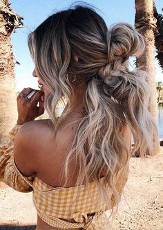 Dreamy boho braids for Long Hair to Create in Year 2020 Braided Hairstyles For Wedding, Unique Hairstyles, Braided Updo, Boho Braid, Kendall, Trendy Haircuts, Hair 2018, Braids For Long Hair, Gorgeous Hair