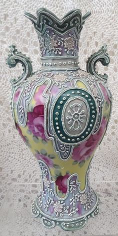 NIPPON MORIAGE GORGEOUS HAND PAINTED VASE