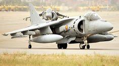 La Armada se quedará sin Harriers en 2020 (y no hay relevo a la vista) Fighter Aircraft, Fighter Jets, Spanish Air Force, British Aerospace, Spanish Armada, Rocket Engine, Indian Navy, Royal Air Force, Royal Navy