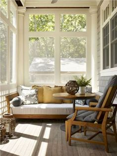 Modern small sunroom ideas modern small furniture room decors and design small furniture home design ideas Home Design, New Interior Design, Interior Exterior, Home Interior, Design Ideas, Design Inspiration, Modern Design, Interior Modern, Design Styles