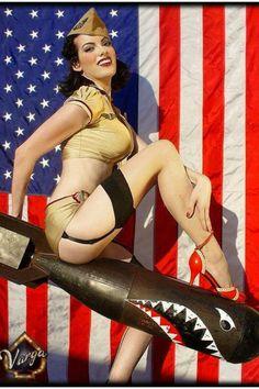 American Bombshell Pinup. girl.