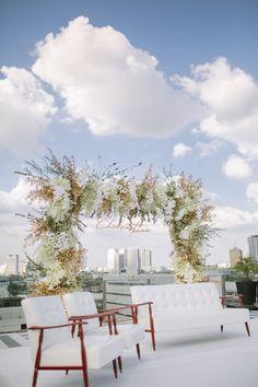 Modern rooftop wedding ceremony: http://www.stylemepretty.com/2017/05/23/modern-rooftop-wedding-bangkok/ Photography: Darinimages - http://www.darinimages.com/