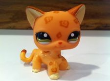 Littlest Pet Shop # 1120 Cheetah Leopard Spotted Short Hair Cat Green Eyes