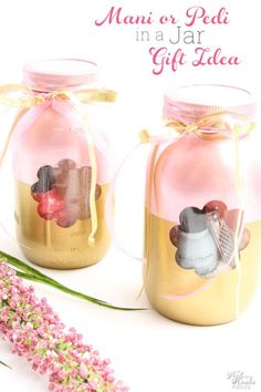 Mother's Day mani-pedi mason jar gift set. Mother's Day diy gift ideas with mason jars. Mason jar Mother's Day gifts to make. Kid's craft ideas for mom.