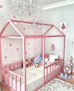 Pink version of Montessori sleeping style