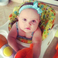 DIY headbands for baby girl. Teal blue headband with bow