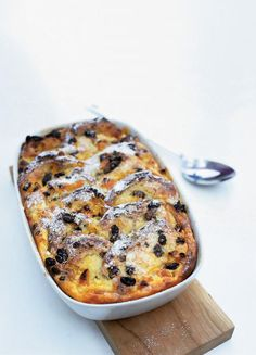bun & butter pudding by Jamie Oliver. I'll be making this at Easter!