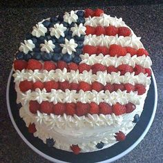 Easy DIY of July Party ideas. Red, White, and Blue flag cake decorated with fruit. Patriotic desserts for a party. Fourth Of July Cakes, 4th Of July Desserts, Fourth Of July Food, 4th Of July Celebration, 4th Of July Party, Patriotic Desserts, Holiday Cakes, Holiday Desserts, Holiday Treats