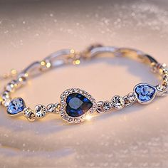 Modeschmuck Swarovski Elemente Blau Sapphire 18k vergoldet Armband Temmis…