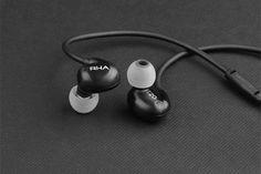 RHA T20i Black Edition In-Ear-Kopfhörer  http://www.modernhifi.de/rha-t20i-black-160329/
