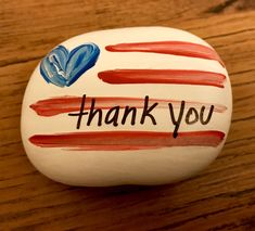 Thank a Vet Event Thank A Veteran Painted Rocks Rock Painting Patterns, Rock Painting Ideas Easy, Rock Painting Designs, Rock Painting Kids, Pebble Painting, Pebble Art, Stone Painting, Painted Rocks Craft, Hand Painted Rocks