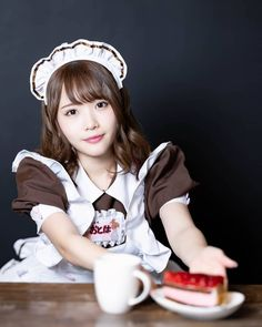 Maid Outfit, Maid Dress, Staff Uniforms, Maid Cosplay, Maid Uniform, Kawaii Girl, Girl Costumes, Girl Model, Cute Girls