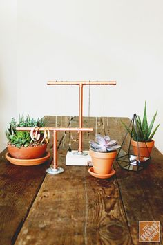 #DIY Industrial Copper Pipe Jewelry Display. #industrial #jewelry_stand #tutorial #hardware
