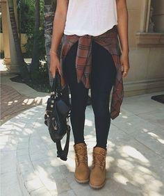 Khaki wedge sneakers, dark denim skinnies, white tee, red flannel tied at waist