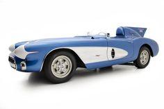 Американский автосалон Scottsdale Sport & Classic Motorcars в середине января выставит на продажу уникальный гоночный родстер Chevrolet Corvette SR-2 Sebring Racer, выпущенный почти 60 лет назад. За автомобиль планируют выручить не менее 6,8 миллиона долларов.