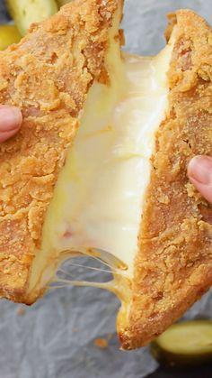 Baking Recipes, Snack Recipes, Dessert Recipes, Burger Recipes, Snacks, Köstliche Desserts, Mini Foods, Food Cravings, Diy Food