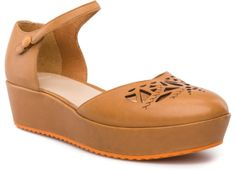 Camper Laika 21906-004 Shoes Women. Official Online Store USA