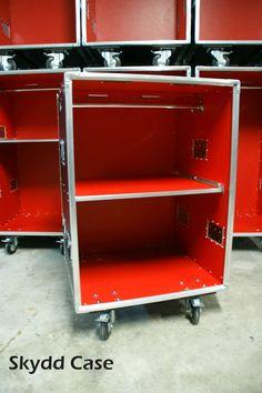Flight case stand pour les salons flightcase for Fabricant de stand pour salon