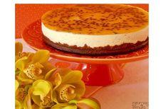 Cheesecake de Maracujá - http://www.sobremesasdeportugal.pt/cheesecake-de-maracuja/