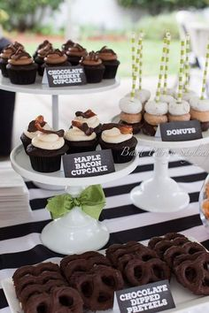 Birthday Party Ideas for Men - Dessert Table - Chocolate Covered Potato Chip and Whisky Cupcakes - Black White & Green Color Scheme 50th Birthday Party Ideas For Men, Birthday Decorations For Men, Adult Birthday Party, 50th Party, 30th Birthday Parties, Man Birthday, 50th Birthday Cupcakes, 50th Birthday Cakes For Men, 50th Birthday Themes