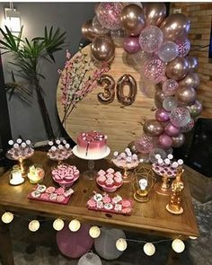 Inspire your Party ® Rustic Birthday Parties, 30th Birthday Decorations, 30th Party, 30th Birthday Parties, Valentines Day Decorations, Balloon Decorations, Pink Birthday, 30th Birthday Ideas For Women, Birthday Woman
