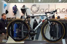 nahbs15-Low-Bicycles-cadence-cycling-collection-paint-scheme01