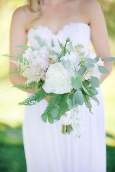 Light and airy bouquet: http://www.stylemepretty.com/little-black-book-blog/2014/09/23/czech-republic-bohemian-barn-wedding/ | Photography: Stepan Vrzala - http://www.stepanvrzala.com/