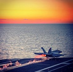 An F/A-18E Super Hornet assigned to the Kestrels of Strike Fighter Squadron (VFA) 137 launches at sunset from the flight deck of the aircraft carrier USS Ronald Reagan. The Super Hornet is just one of the many platforms that you could fly as a Naval Aviator. #AmericasNavy #USNavy #Navy navy.com