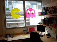 Post-it art. Easy and changeable.