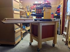 Planer Table built with the Kreg Jig K5 {KregJig.Ning.com}
