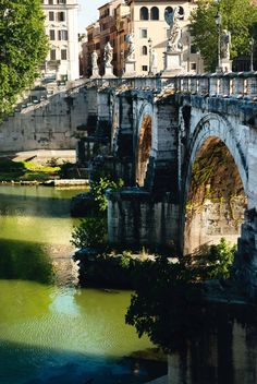 Bridge connecting Trastevere with Isola Tiberina, Rome