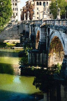 Bridge connecting Trastevere with Isola Tiberina, Rome