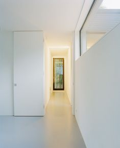 Lindeneck House by C95-Architekten << obsessed with these doors