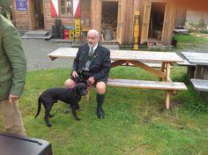 Arthur Krupp mit Jagdhund (in Ausbildung) Garden Sculpture, Outdoor Decor, Home Decor, Hound Dog, Mirror Image, Training, Pet Dogs, Pictures, Homemade Home Decor