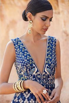 15 Anita Dongre Lehengas For Spring Summer 2019 Indian Attire, Indian Wear, Indian Style, Indian Dresses, Indian Outfits, Indian Clothes, Ethnic Fashion, Indian Fashion, Indian Inspired Fashion