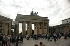 #brama #brandenburska #berlin #mitte #zwiedzanie #przewodnik #turystyka #pariser #platz #kwadryga