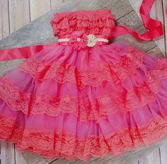 Red FLOWER GIRL DRESS // Girls Wedding Dress // by AdalynsBoutique Christmas Dresses For Tweens, Toddler Christmas Dress, Girls Christmas Dresses, Wedding Dresses For Girls, Holiday Outfits, Girls Dresses, Red Flower Girl Dresses, Birthday Dresses, Lace Dress