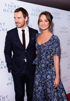 Michael Fassbender and Alicia Vikander attend the UK Premiere of 'The Light Between Oceans' at The Curzon Mayfair on October 2016 in London, England. Celebrity Couples, Celebrity Style, Alicia Vikander Style, Michael Fassbender And Alicia Vikander, The Light Between Oceans, Fashion Poses, Lady And Gentlemen, Celebs, Celebrities