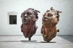 Javier Marín | Cabeza de hombre / Cabeza de mujer | Museo del Carmen, Ciudad de México, México.  #JavierMarínescultor