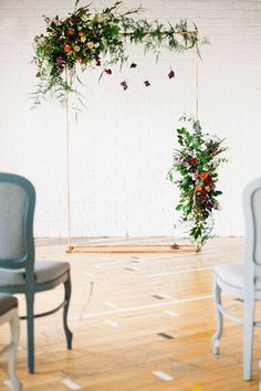 Falling Florals - 16 Design Ideas To Steal From Summer Weddings - Photos