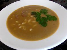 ♥ Mimos de Mãe ♥: Creme de favas com massa Chocolate, Creme, Soup, Ethnic Recipes, Pasta, Ethnic Food, Chocolates, Soups, Brown