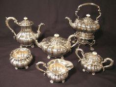 Google Image Result for http://danielbuckappraisals.com/home/items/104/tea-set-large.jpg