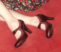 Christmas Red Burgundy Rockabilly Pinup Classic Retro Mary Jane Size 8.5 Heels Under 10$ on Ebay