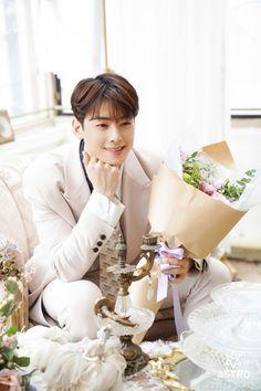 Guardados / Twitter Cha Eun Woo, Beach Wedding Favors, Bridal Shower Favors, Wedding Souvenir, Nautical Wedding, Astro First, Cha Eunwoo Astro, Lee Dong Min, Sanha
