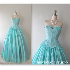 50's Prom Dress // Vintage 1950's Strapless Tiffany Blue Organza Tulle Wedding Party Prom Dress Gown XS