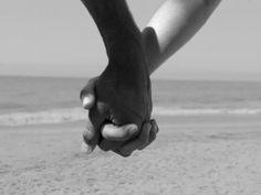 """""""En el matrimonio sea sabi@: prefiera la persona antes que el dinero, la virtud antes que la belleza, la mente antes que el cuerpo..."""