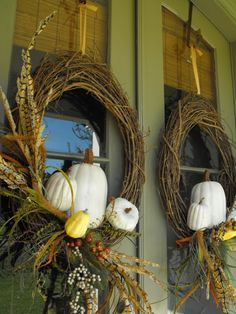 Welcome! If you would love to see more door decor hop on over to Rhoda's!  Same wreath as last year... and the year before that. And if I s...